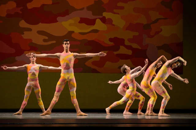 San Francisco Ballet in Morris' Beaux. © Erik Tomasson
