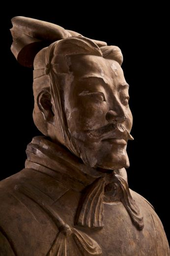 Armoured General (detail), Qin dynasty (221-206 BCE). China. Terracotta. Excavated from Pit 1, Qin Shihuang tomb complex, 1980. Qin Shihuang Terracotta Warriors and Horses Museum, Shaanxi.