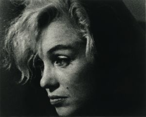 Arnold Newman, Marilyn Monroe, actress and singer, Beverly Hills, California, 1962. Gelatin silver print © 1962, 14 ¾ x 16 ¾ in. Arnold Newman/Getty Images.