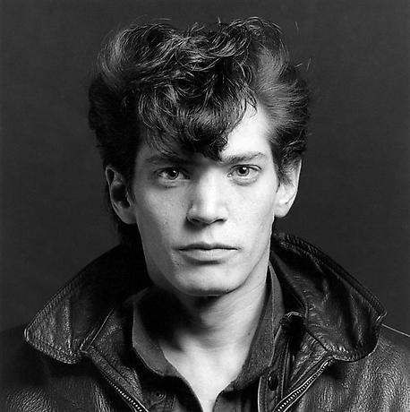 Robert Mapplethorpe, Self Portrait, 1980 (courtesy of Wikipedia)